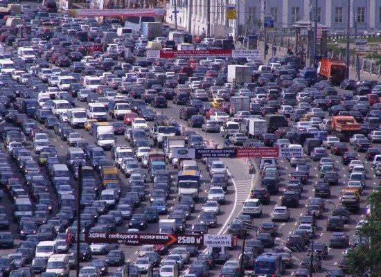 Сколько машин в Москве на 2013 год