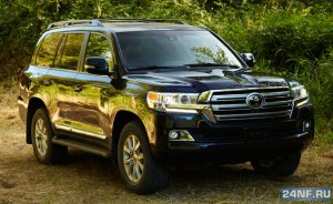 В Апрелевке угнали две машины Toyota Land Cruiser