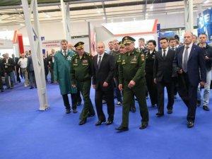 Шойгу рассказал о создании новых дивизий для противодействия НАТО